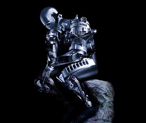robot piensa